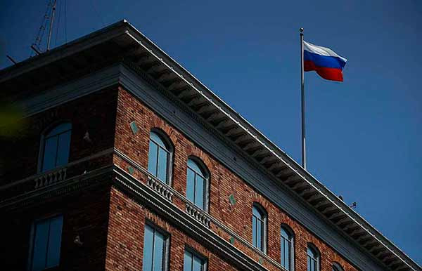 Heisst die francisco russian embassy one but
